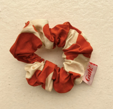 Load image into Gallery viewer, Moo Print Scrunchie