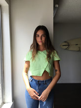 Load image into Gallery viewer, Olena Linen Top in Green