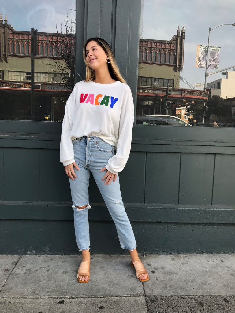 Vacay Graphic Pullover