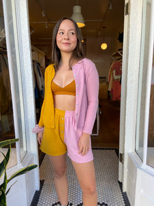 Duo Sweater Henley Short in Mustard/Rose