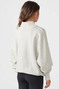 Oversized Turtleneck Sweatshirt in Sahara