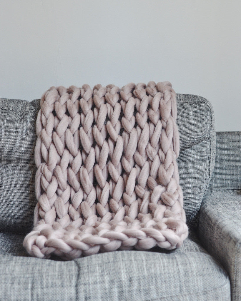 The Small Handmade Chunky Knit Blanket Pomme Pomme
