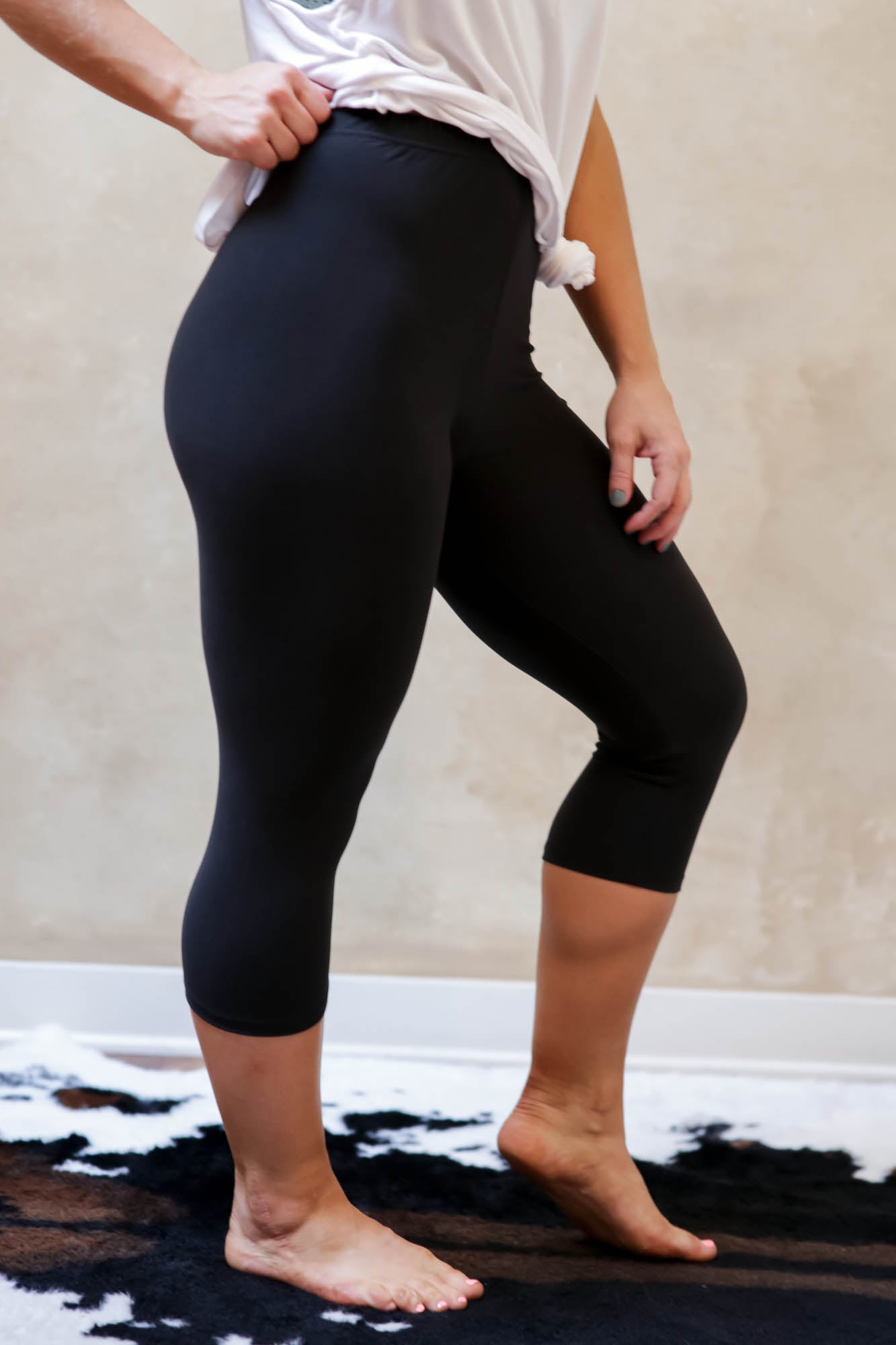 Basic Black Legging Crop