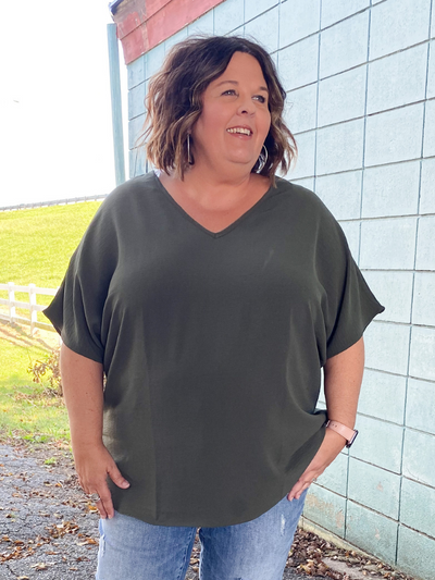 The Nicole Basic Top - Olive
