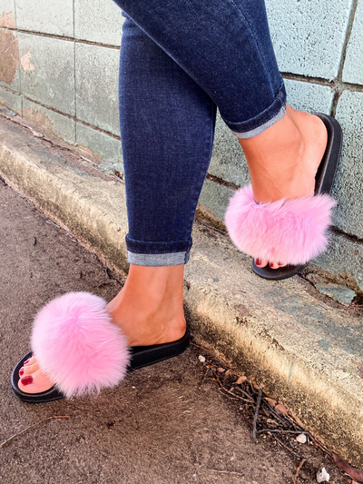 The Fanzzy Furry Flat Slipper - Pink