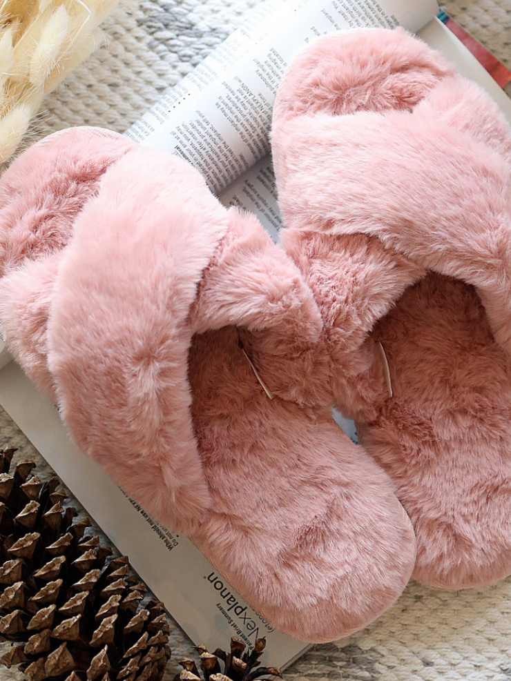 Faux Fur Slippers- Pink