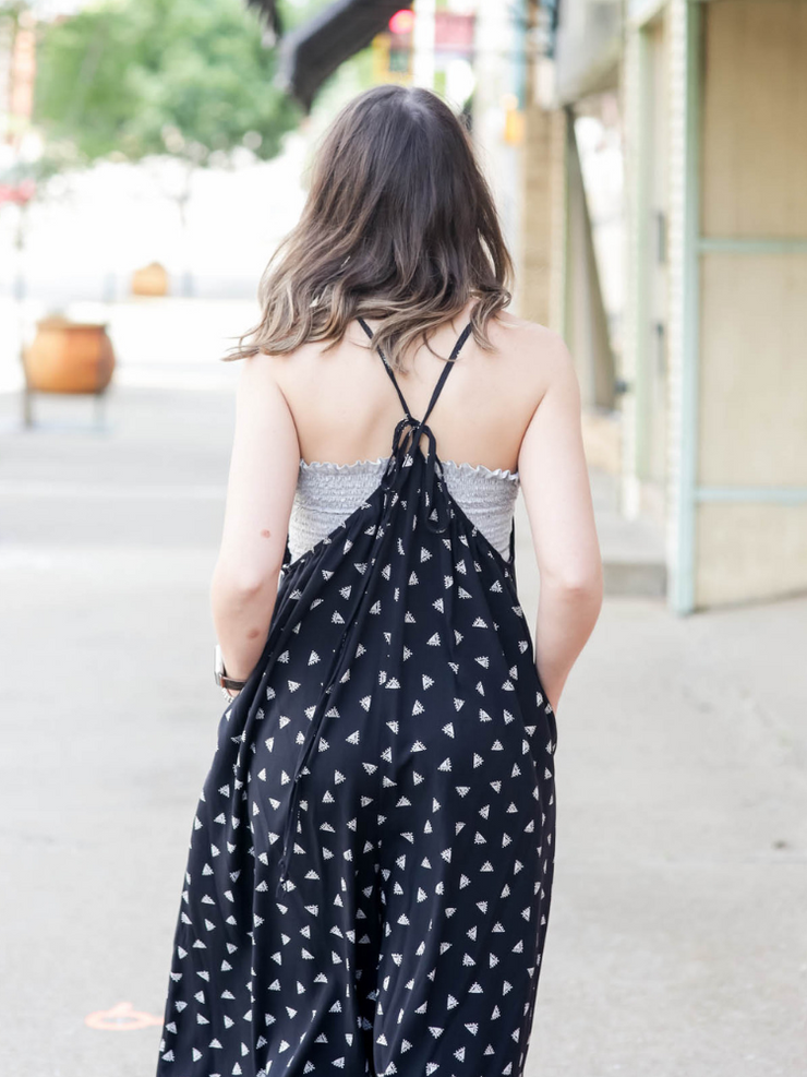 Be The Queen Jumpsuit- Black