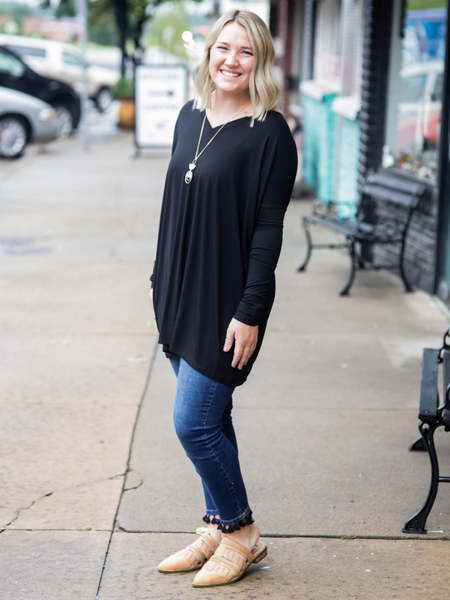 Piko Long Sleeve Top-V-Neck- Black
