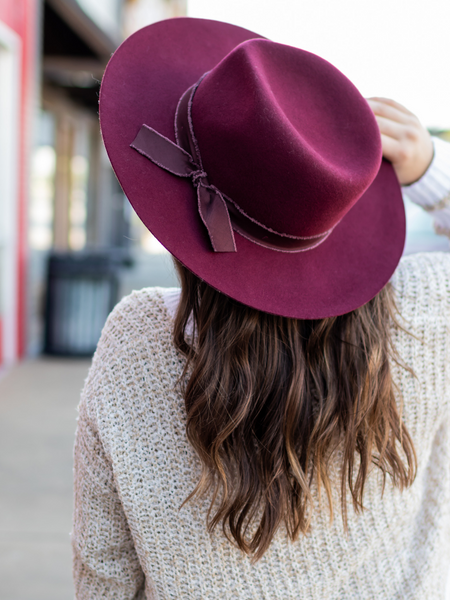 The Ontario Hat in Burgundy