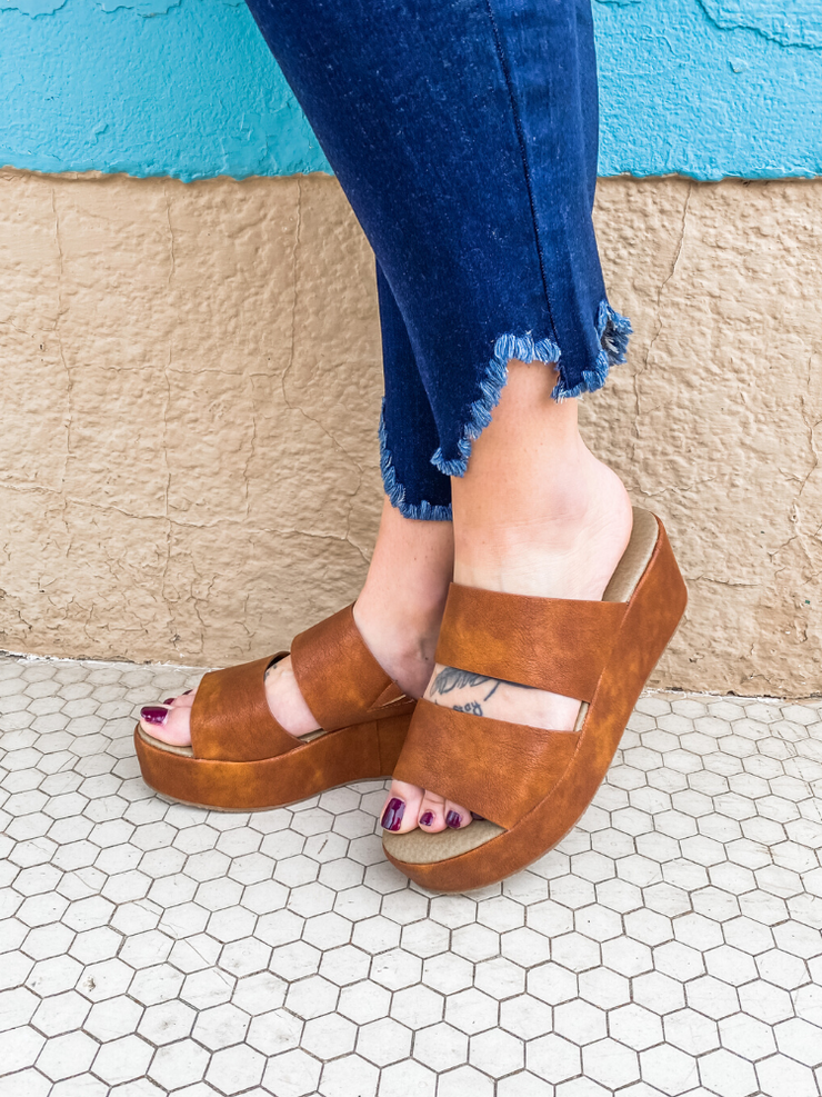 Shamrock Wedge In Cognac