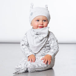Milky Tummy Organic Hat and Bib Set