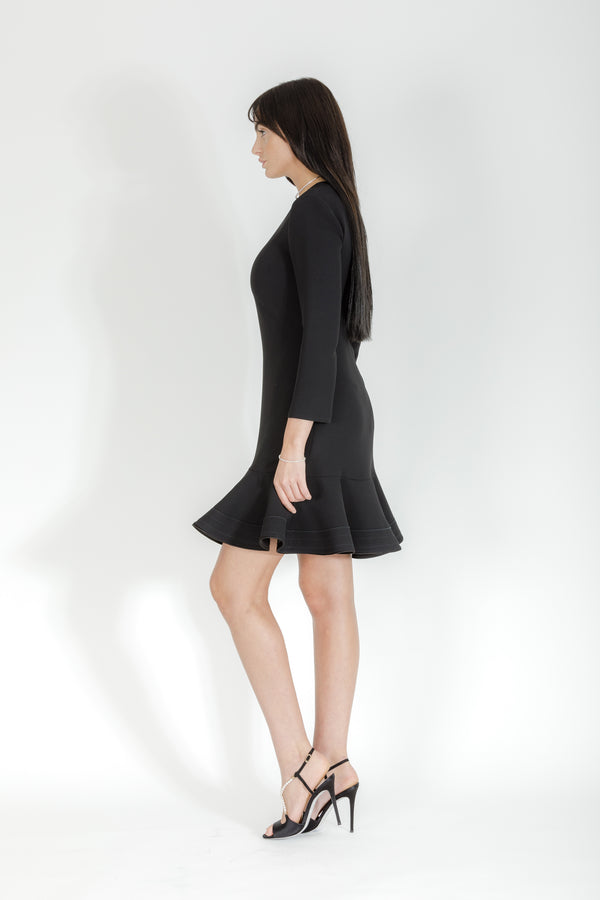 BLACK ZIGZAG STITCH HEM SHIFT DRESS