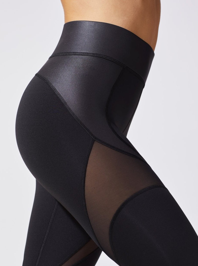 LIQUID BLACK GLOW LEGGING