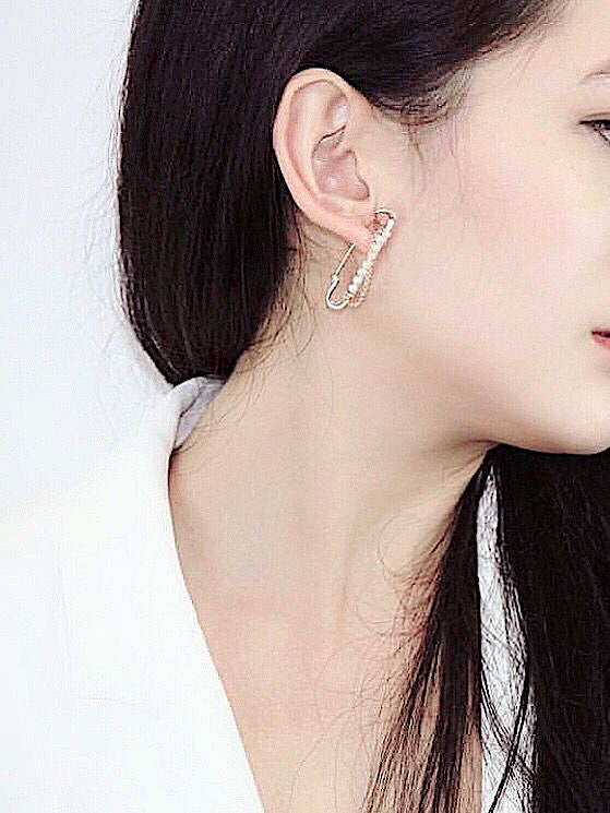 PEARL PAVE PIN EARRINGS