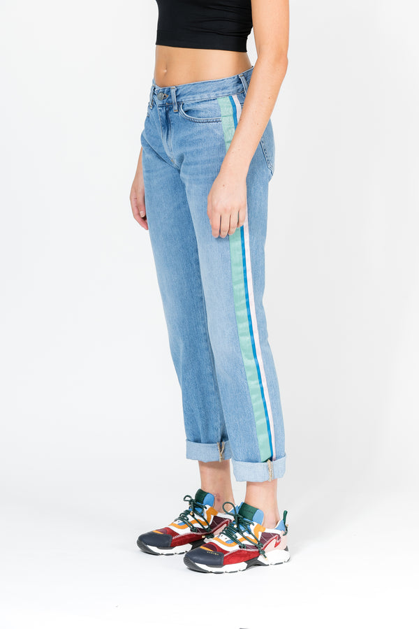 STRAIGHT SLOUCH JEANS