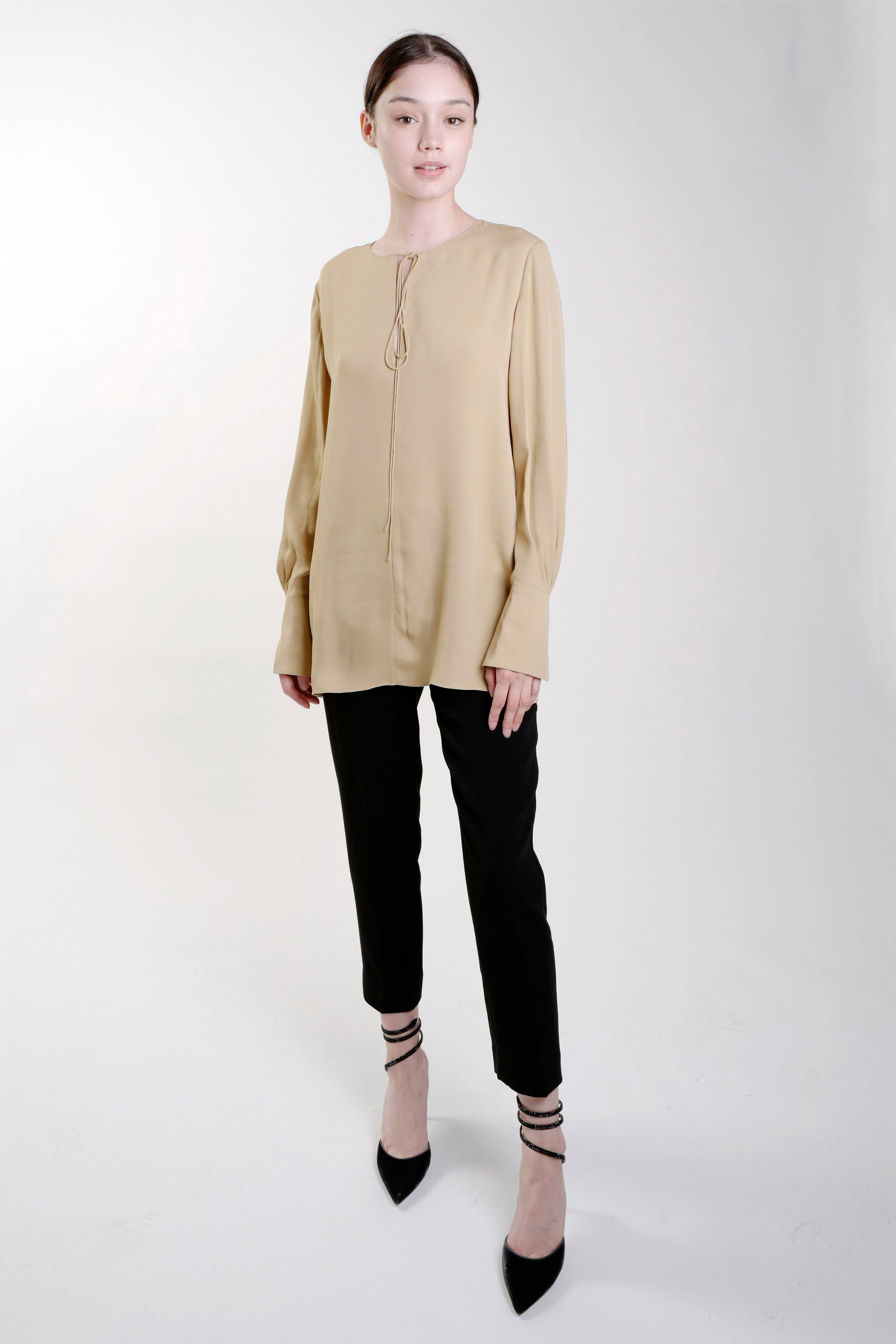 BEIGE FLUID TUNIC BLOUSE