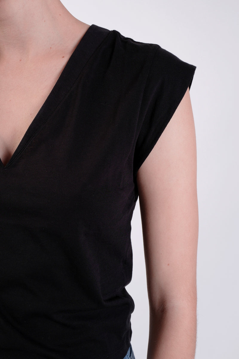 BLACK LE HIGH RISE V-NECK TEE