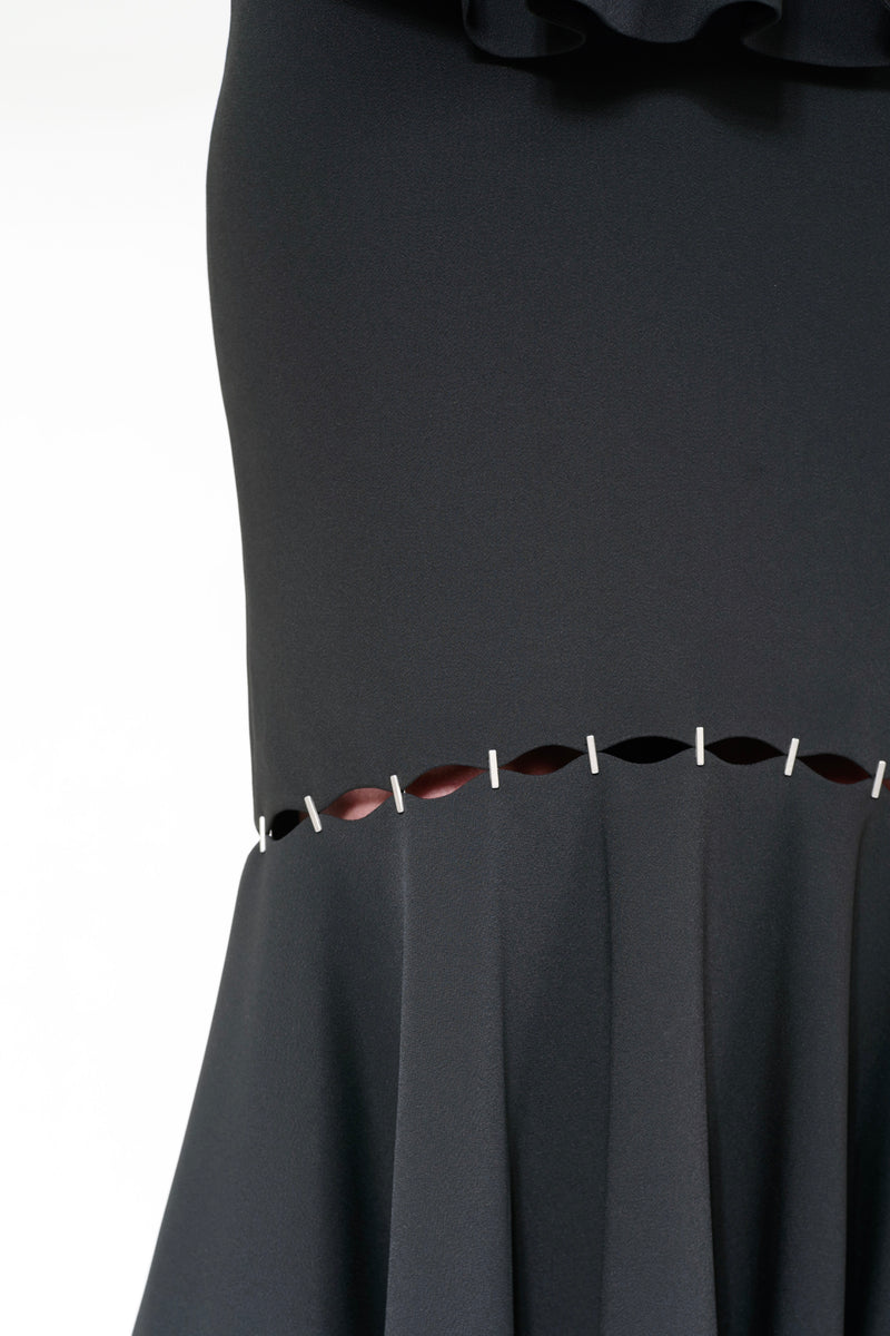 STAPLED CREPE FRONT KNOT DRESS