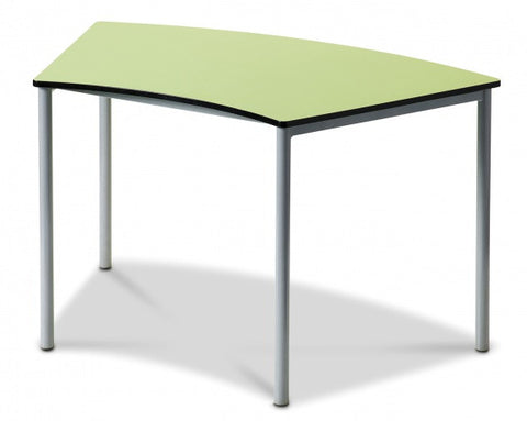 Curvatus Table