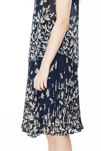 Flock of Swallows Chiffon Pleat Skirt in Navy