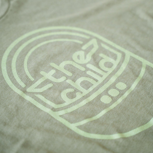 THE CHILD | Tee | Light Olive