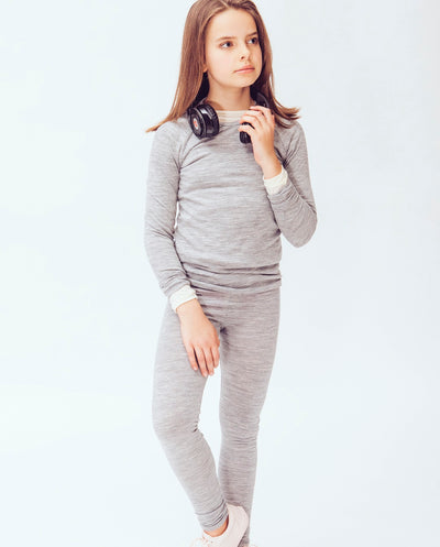 girl wearing merino leggings
