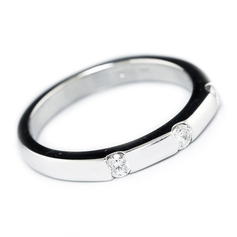White Gold Straight Wedding Band with 3 Round Diamonds 14K Once