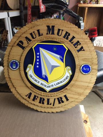 Plaque wood military