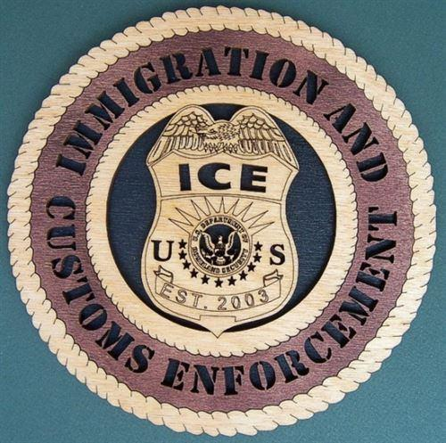 Laser Pics and Gifts: ICE - IMMIGRATION AND CUSTOMS Military Plaque - Laser Pics & Gifts