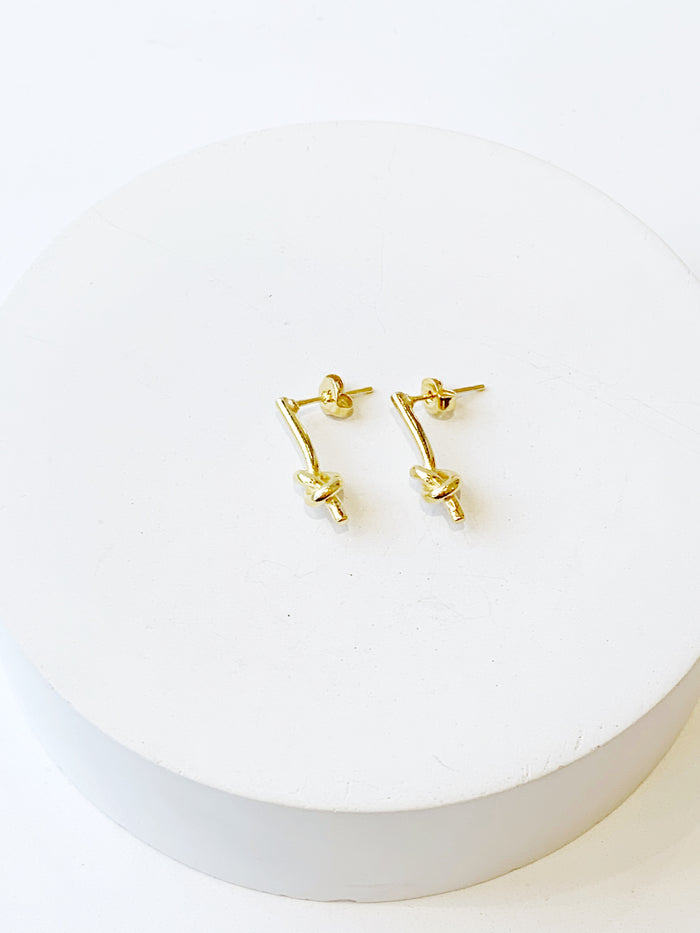Knotted Bar Studs