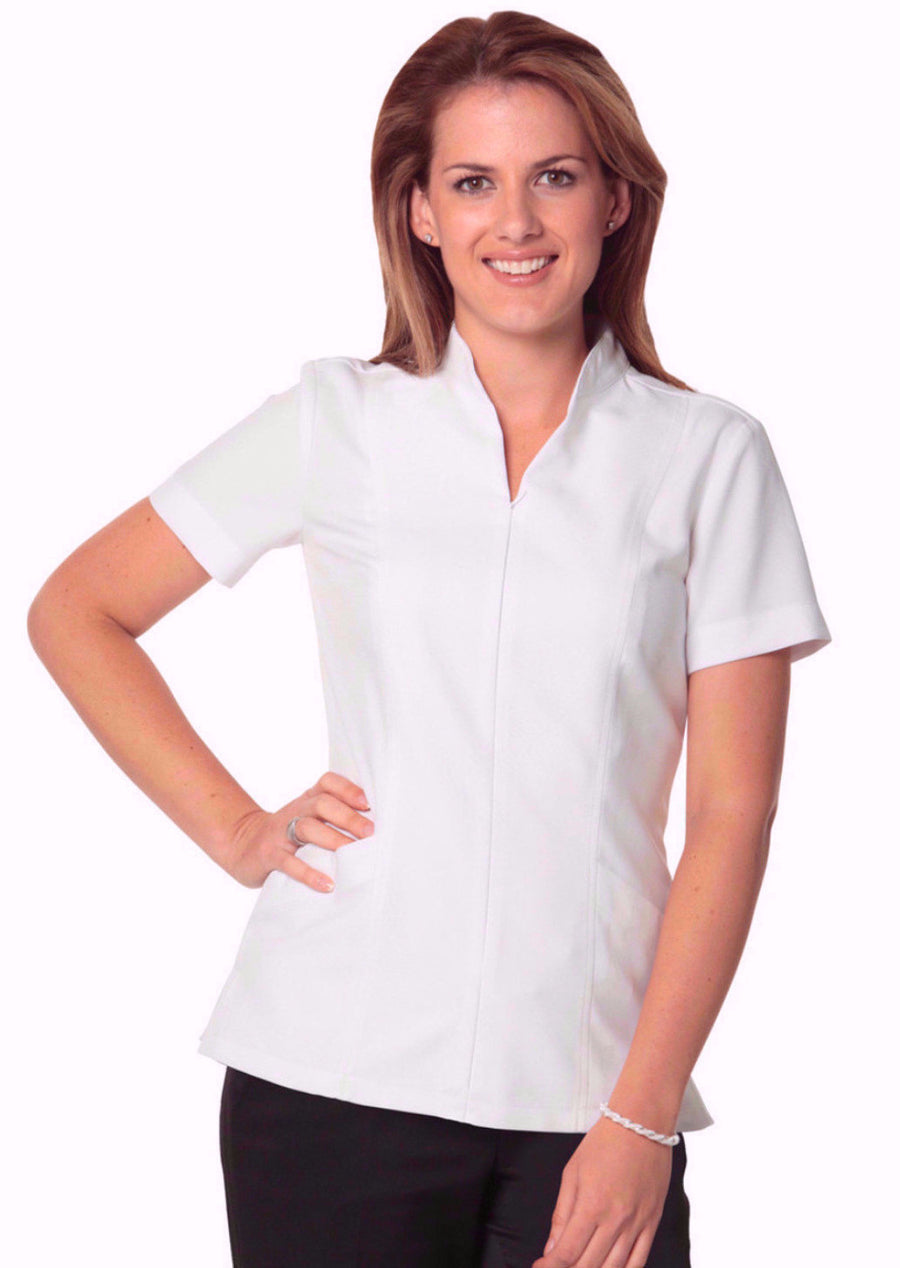 ACTIV EMBROIDERY DESIGNS HEALTHCARE UNIFORMS. Women's Full Zip Front Short Sleeve Tunic