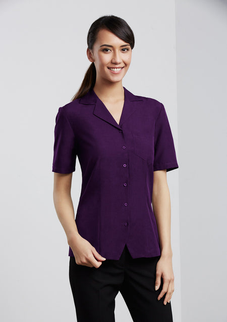 ACTIV EMBROIDERY DESIGNS.HEALTHCARE UNIFORMS.LADIES PLAIN OASIS OVERBLOUSE
