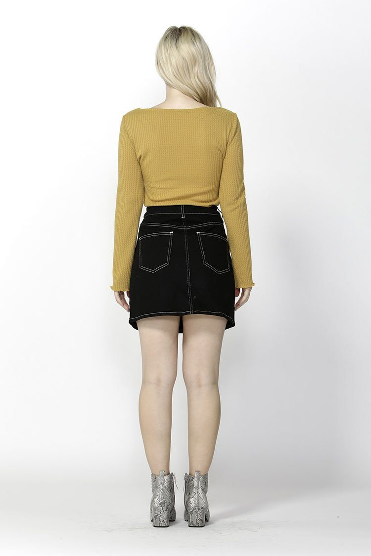 Femme Fatale Buttoned Skirt in Black