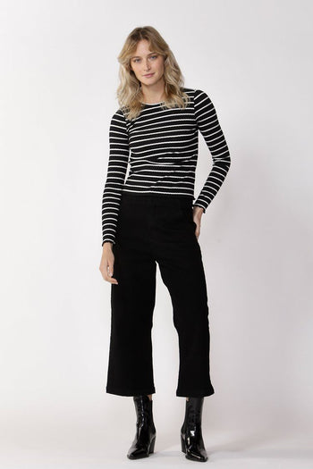 Crowd Pleaser Stripe Top in Black/White