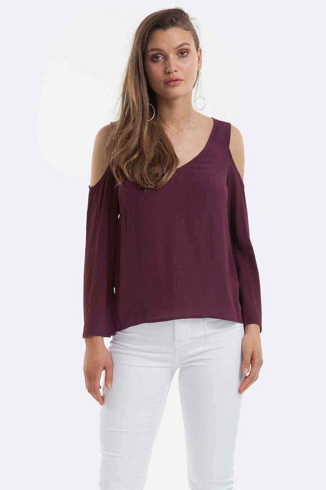 Luna Cut Out Top in Wine