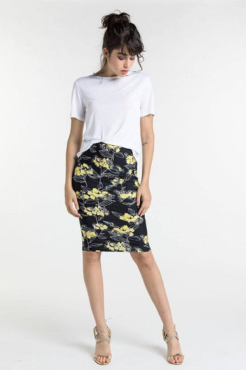 Stretch Fabric Pencil Skirt