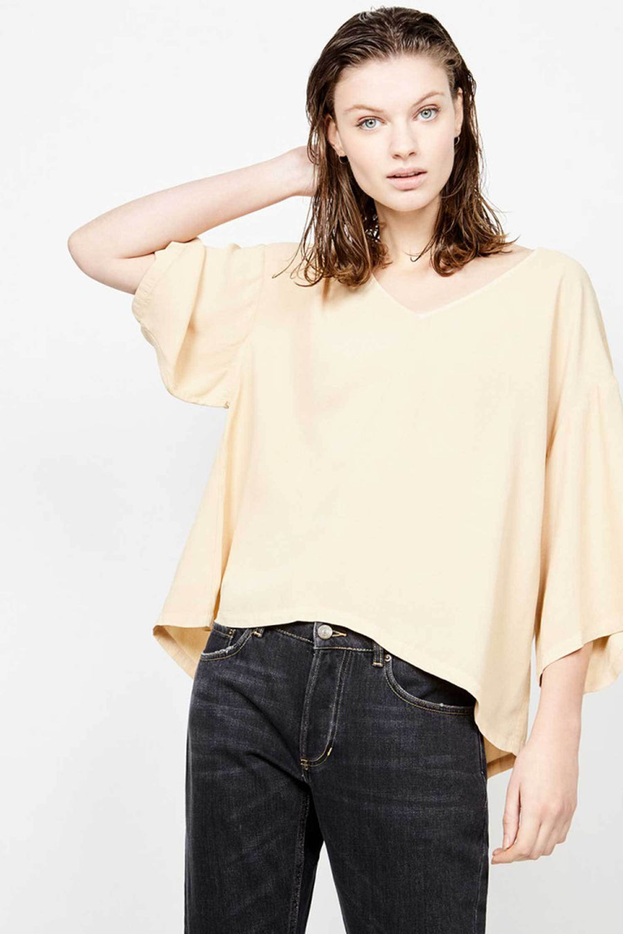 Shop Online Bozicity Top in Dune by American Vintage  Frockaholics Tops