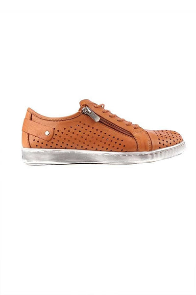 EG17 in Tan Shoes Cabello