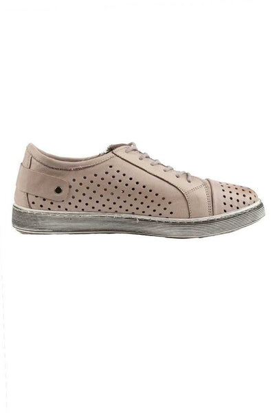 EG17 in Taupe Shoes Cabello