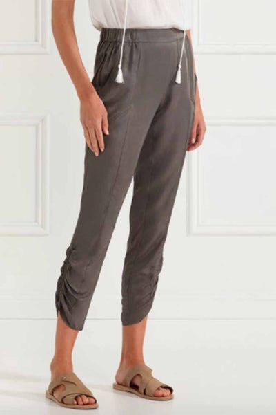 Fluid Soft Pant in Olive Bottoms Verge