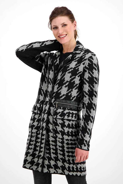 Houndstooth Knitted Coat Jackets & Outerwear Monari