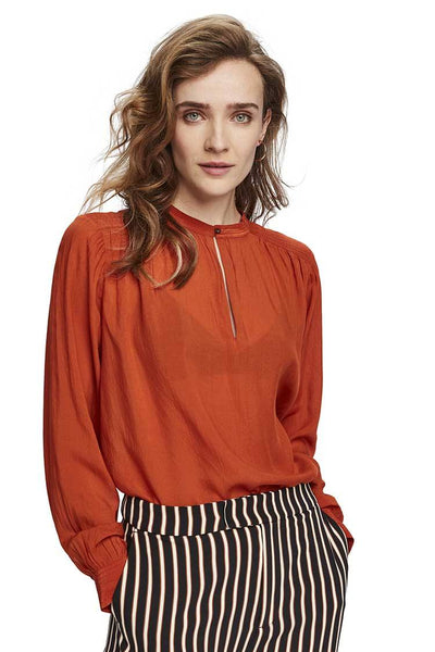 Keyhole Top in Ginger Tops Maison Scotch