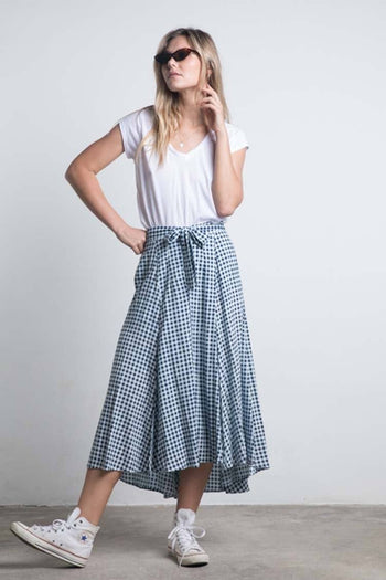 Leaf Check Skirt in Navy Check