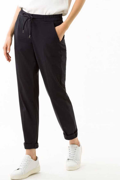 Mareen Jogging Pant in Black Bottoms Brax
