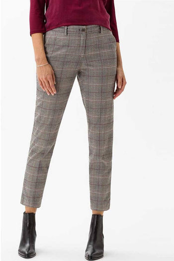 Maron Pant in Check