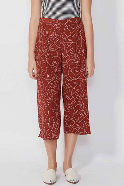 Nidia Pant in Rouge Bottoms SASS
