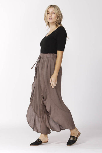 Boho Pants in Chocolate