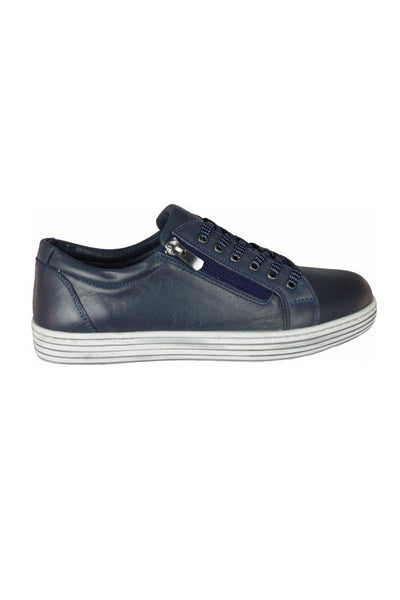 Unity Sneaker in Navy Shoes Cabello