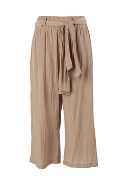 Retreat Pant in Almond