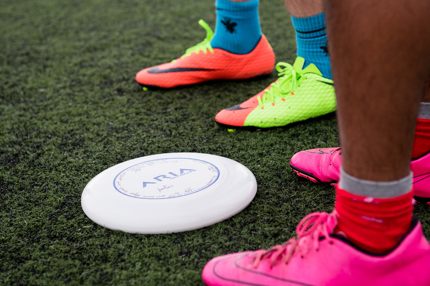 ARIA Ultimate disc with cleats on turf